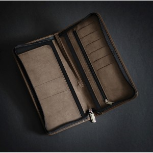 Prestbury Travel Wallet