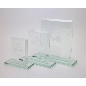 20cm Jade Glass Bevelled Edge Award